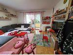 Leben und wohnen im Grünen! Großzügige 2-Zimmer Wohnung mit großer Loggia im beliebten Stadtteil Niedernhart! Perfekte Infrastruktur inkl.! Prov.frei