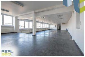 TOP Lagerhalle mit Büro im WELSER-INDUSTRIEGEBIET mit Widmung Industriegebiet zu vermieten!!
