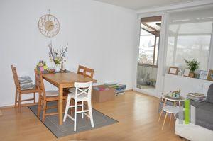 Anlegerwohnung! Vermietete, sonnige 3 Zimmer Wohnung mit großzügigen Balkon und TG-Stellplatz