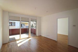 Helle Wohnung mit Garagenplatz!