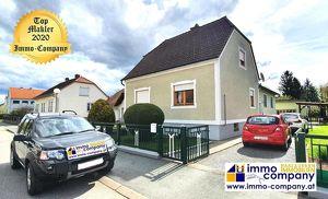 Wir sind exklusiv mit der Vermarktung dieser Immobilie beauftragt! Wunderschönes Einfamilienhaus in Rudersdorf, 2 Wohneinheiten – Ortsrandlage, grün r