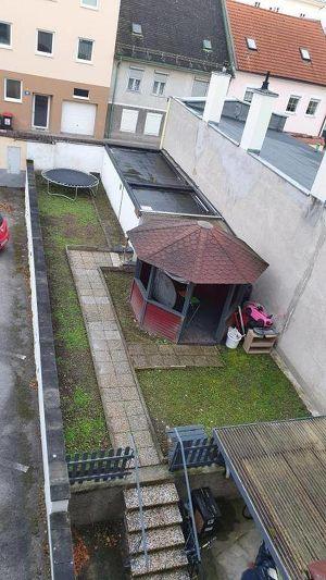 Gemütliche 4 Zimmer Eigentumswohnung mit Garten,Loggia & Garage - Wr. Neustadt