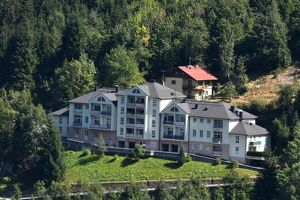 TRAUMLAGE in Bad Gastein! Großzügige, geförderte 2-Zimmerwohnung mit Loggia zu vergeben!