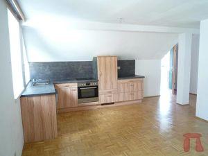 Wir vermieten Zufriedenheit! Gemütliche, helle 2- Zimmer-Wohnung, ideal für Singles/ Studenten