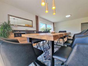 Qualitatives Mehrfamilienhaus mit Weitblick