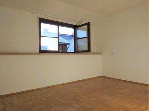 Attraktive Wohnung im Altbaujuwel im Zentrum von Weiz
