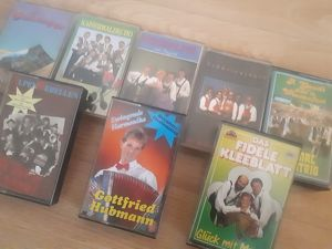 8 Musik Kassetten