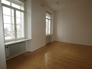 Vermietete Büroräume als Anlegerimmobilie