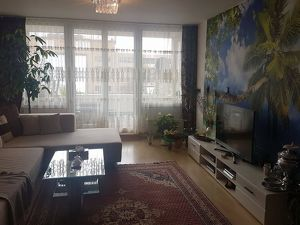 Schöne Wohnung zu vermieten * Kurzfriestig*