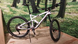 Cannondale Jekyll Carbon Downhill