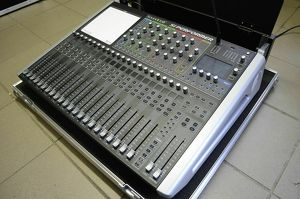 Livemischpult Soundcraft SI Performer 2 Digitalmischpult