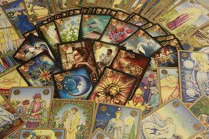 Hellsichtiges Kartenlegen