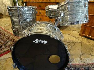 Ludwig Drum Set Legacy Sky Blue Pearl 1965