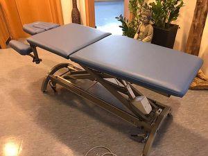 Therapie und Massageliege HWK Impulse 5