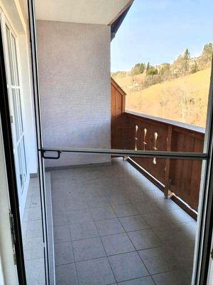 Plainfeld, gemütliche 2 Zi.-Wohnung mit einer Wfl. von ca. 50m², 2 Balkone und 2 PKW Stellplätze