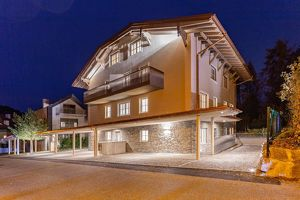 4-Zimmer-Maisonette mit Dachterrasse