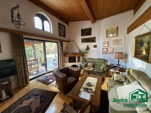Rarität! Ältere Villa in schöner Wohnlage Ortsrand Hall/ Absam zum Verkauf!