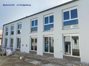 Neue Doppelhaushälfte mit Erdwärme und Photovoltaik
