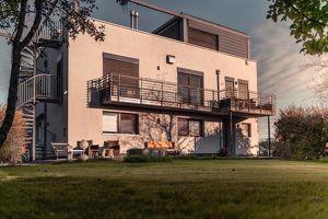 Hochwertiges Traumhaus in absoluter Ruhelage mit unverbaubarer 1A-Aussicht