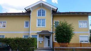 Charmante 2 Zimmer Dachgeschoßwohnung in kleinem Wohnhaus- Siezenheim