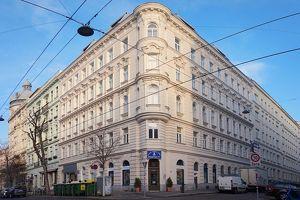 Nächst Wallensteinplatz: Attraktive Lage in repräsentativem Stilaltbau, unbefristet und branchenfrei zu vermieten