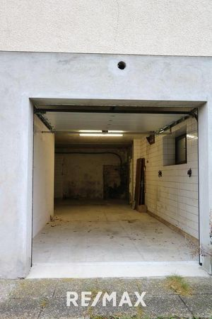 Garage, Lagerräumlichkeit zu mieten!