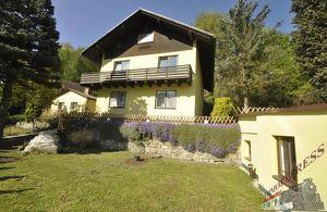 2-Parteien-Haus mit 2 Wohnungen zu je 112 qm und 67 qm in Rotheau