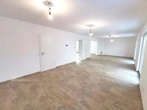 Großzügiges Einfamilienhaus mit Garage - Neubau!