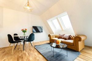 Beautiful central serviced apartment near Urania
