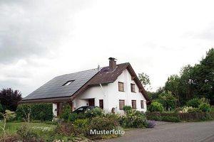 Mehrfamilienhaus - Versteigerungsobjekt -