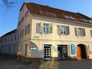 Sehr schönes 3-geschossiges historisches Stadtpalais in bester Lage in Weiz