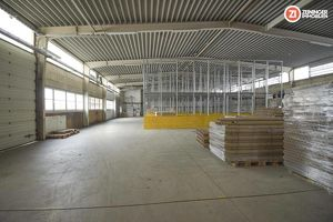 Hochwertige Produktions- und Lagerhallen - ca. 3800m² in Marchtrenk