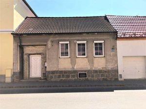 Landhaus mit großer Scheune-für Hobbybastler geeignet!