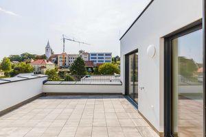 Dachgeschoßwohnung 123 m², 2 Terrassen 36m², Erstbezug, Zentrum Mattersburg, herrlicher Ausblick