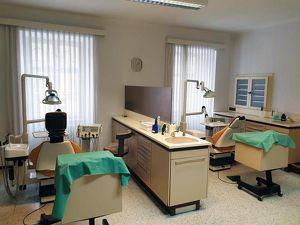 Zahnarztordination mit Wohnung im Zentrum