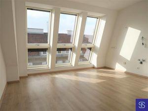 Erstbezug: 45m² DG-Wohnung in unbefristeter Hauptmiete Nähe U3 Enkplatz!