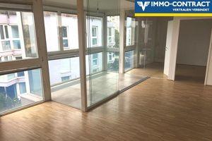 Moderne 2-Zimmer-Wohnung mit Veranda und viel Licht