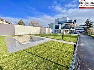 Architekten Reihenhaus in Fertigstellung mit Pool nahe Badeteich Hirschstetten! 50m² Eigengartenparzelle!!