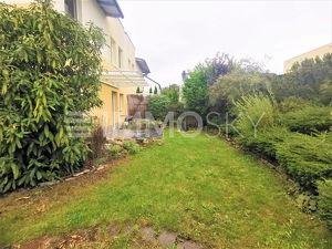 Gemütliches Eigenheim mit Garten