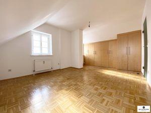 Entzückende 2 Zimmerwohnung in St. Radegund