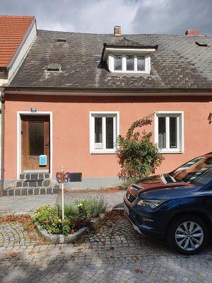 Zentrales Haus mit Garten in romantischem Städtchen