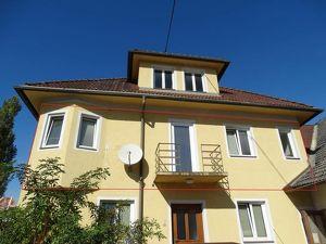 Sonnige 2-Zimmer-Wohnung mit Balkon im Zentrum
