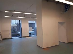 Multifunktionales, modernes Geschäftslokal/Büro/Ordination in repräsentativem Eckzinshaus in guterFrequenzlage des 9. Bezirks