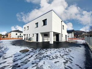Moderne Doppelhaushälften in belagsfertiger Ausführung in Micheldorf