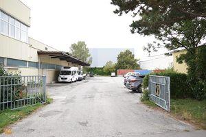 5.187 m² Industriegrundstück in bester Lage, unmittelbar beim Auhof-Center!