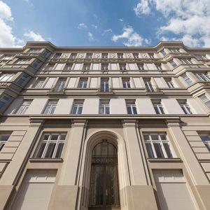 Historische Eleganz trifft Neubau- The Masterpiece