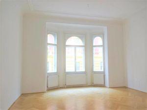 Nahe Belvedere, Repräsentatives 164m² Altbaubüro, 4 Zimmer, zentral begehbar