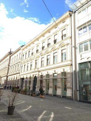 Hochwertige Büroflächen (200m²) mit Wintergarten in bester Innenstadtlage zu vermieten