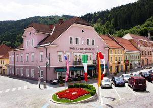 Alteingesessenes Hotel mit Restaurant im Herzen Kärntens