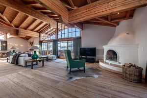 Bezauberndes Landhaus in sensationeller Aussichtslage von Aurach